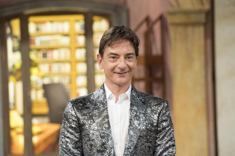 Oroscopo 2019 Le Previsioni Segno Per Segno Di Paolo Fox I Più