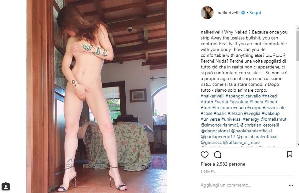 buy popular 327bf 7f1fe 3773676 1108 naike rivelli nuda instagram.jpg