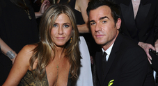 Jennifer Aniston torna single