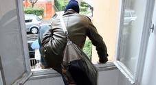 Ladri acrobati con frullino e metal detector a caccia di casseforti