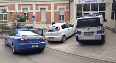 Senigallia, botte da orbi in strada