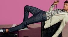 Uomo, stretch ma senza esagerare: basta con quei vestiti ultraslim