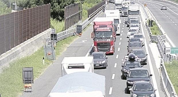 Un'altra giornata d'inferno sull'autostrada A14: due ore per fare 20 chilometri