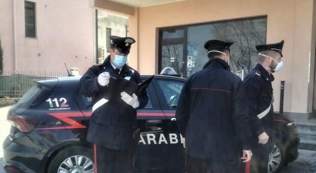 Vende ad un anziano due giubbini falsi: preso dai carabinieri un truffatore campano