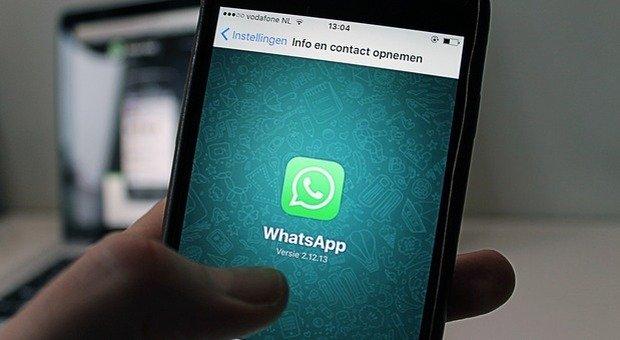 WhatsApp mette a punto il suo sistema di difesa anti fake news, bloccati due milioni di account in India
