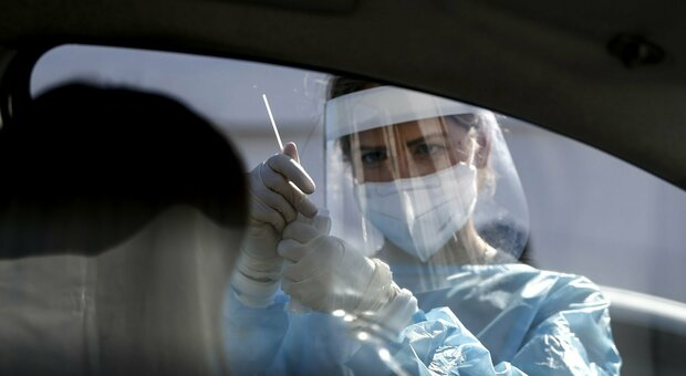 Accordo raggiunto per le premialità Covid al personale dell'ospedale regionale di Torrette
