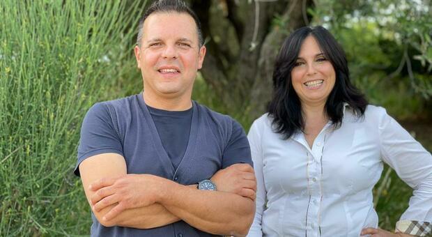 Cristiano e Francesca Petrini che conducono l'azienda di famiglia che produce olio biologico a Monte San Vito