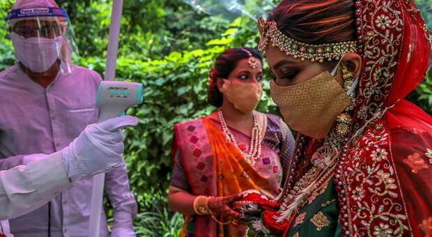 India, sposa muore durante il matrimonio e viene sostituita dalla sorella