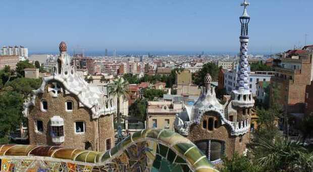 Viaggiare in Spagna, il turismo riparte per i vaccinati (e non solo)