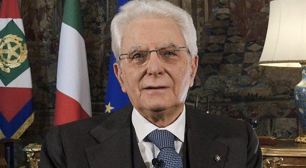 Il presidente della Repubblica Mattarella: «Coraggio, spirito d'appartenenza e di sacrificio: i valori della Liberazione ci guidino anche oggi»