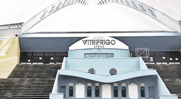 La carica dei 5mila per 36 posti in Regione: nell'Arena a più di due metri di distanza uno dall'altro