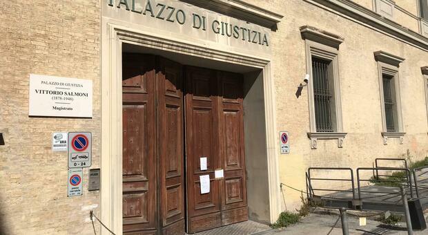 Il maestro verrà processato nel tribunale di Ancona