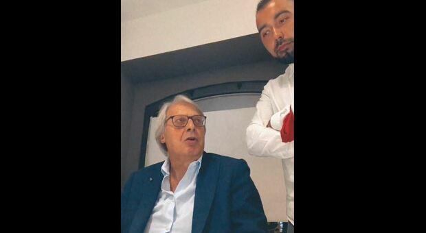 Sgarbi a cena da Carriera, cena sfida contro il Dpcm Covid: «Questa è dittatura»