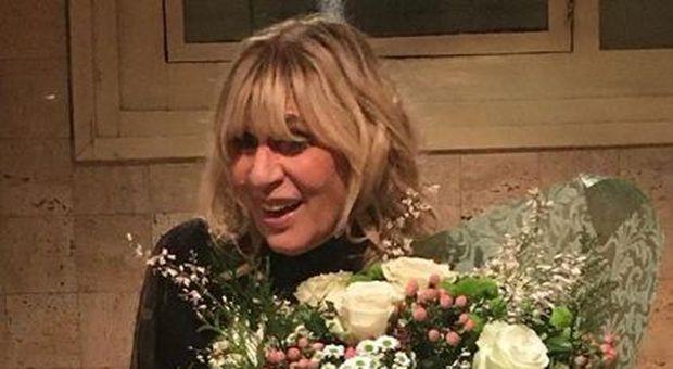 Uomini e Donne, Gemma Galgani di nuovo a rischio crisi: Nicola Vivarelli sarebbe fidanzato con un'altra donna