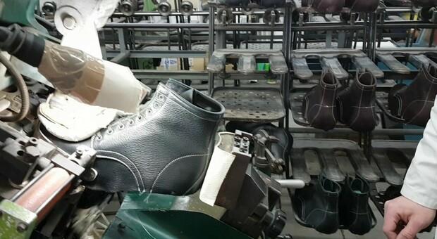 Monte San Pietrangeli, compra una fornitura di scarpe da un milione ma non ha i soldi per pagare: azienda nei guai