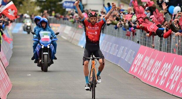 Damiano Caruso, l'ex gregario spicca il volo: vince ad Alpe Motta e blinda il podio, Bernal mette in cassaforte la maglia rosa