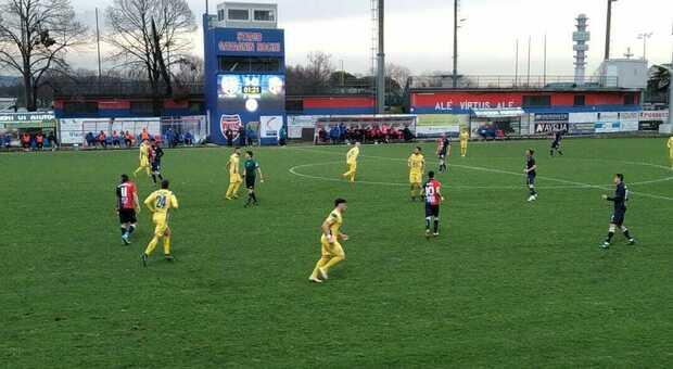 Samb in vantaggio 1-0 sul campo della Feralpi all'intervallo. Fermana, punto d'oro con la Virtus Verona