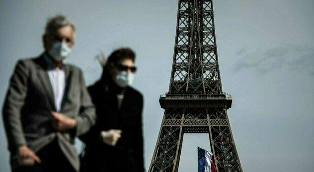Covid, Parigi diventa zona