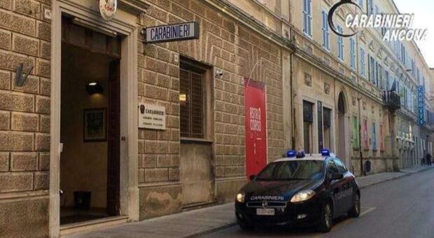 Ragazzina davanti ai carabinieri ammette il suo falso rapimento