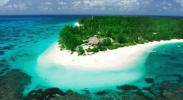 Le Seychelles riaprono ai turisti: «Ma solo se sono vaccinati». Da marzo addio quarantena