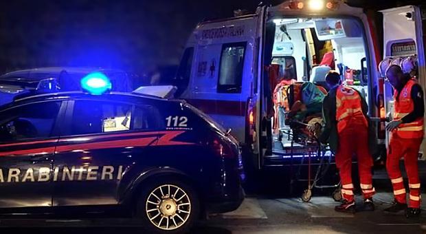 Milano, marito e moglie trovati morti in casa: erano sul pavimento in camera da letto