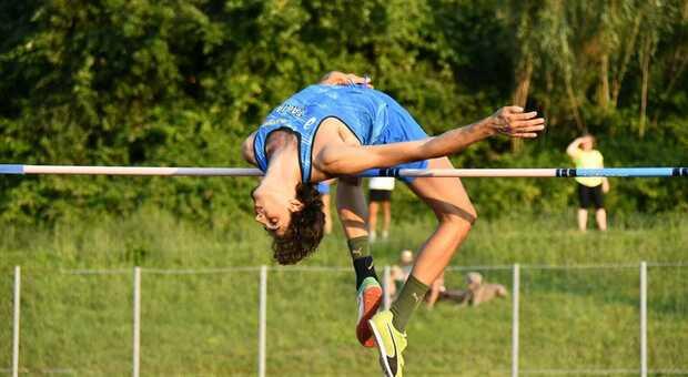 Gimbo Tamberi salta 2.28 e si laurea campione italiano