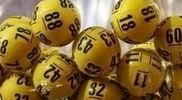 Lotto e Superenalotto, jackpot da capogiro: suspence per le estrazioni dei numeri vincenti