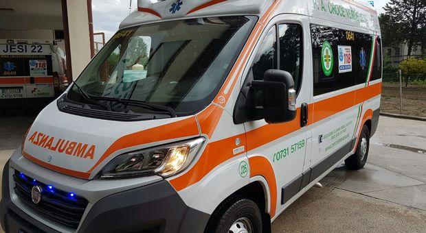 Un'ambulanza della Croce Verde di Jesi