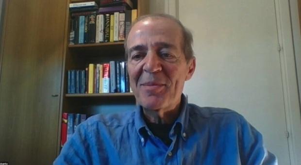 Lo scrittore Roberto Costantini