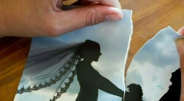 Niente sesso per 12 anni di matrimonio, il marito chiede il divorzio: costretto a pagare il mantenimento