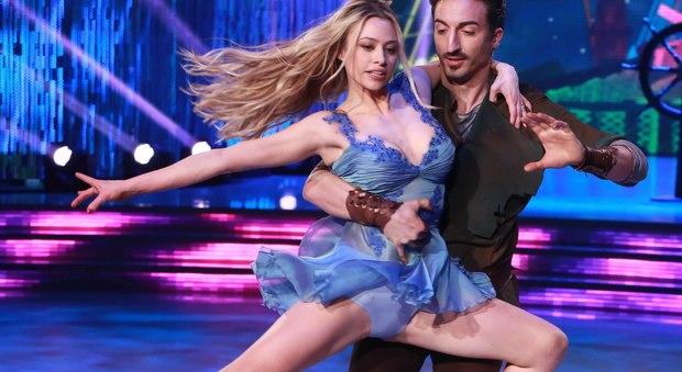 Ballando con le Stelle, le sexy esibizioni della quinta puntata (LaPresse)