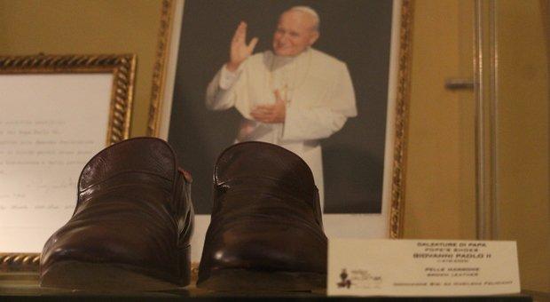 Le scarpe di San Giovanni Paolo II