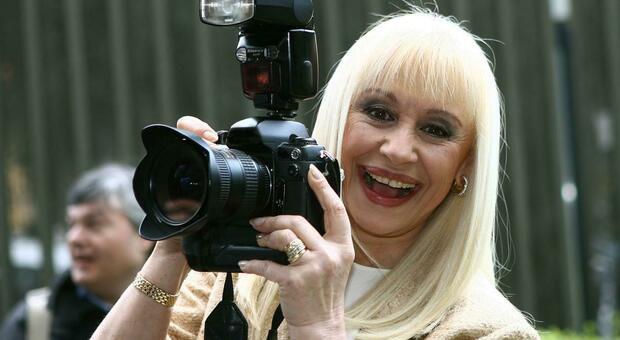 Raffaella Carrà, a Venezia un premio anche per lei: «Icona inimitabile»