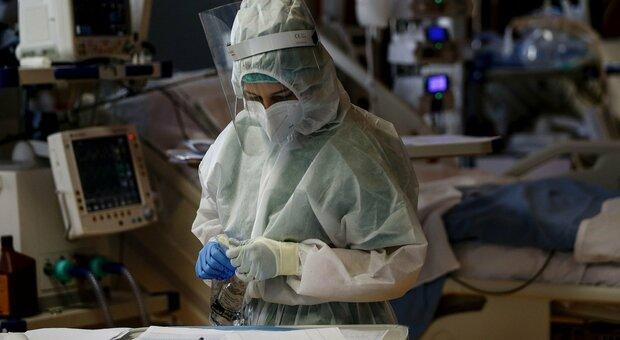 Coronavirus, oggi otto morti, il più giovane aveva 39 anni. Nelle Marche dall'inizio della pandemia le vittime sono 1.188 /Il contagio in tempo reale
