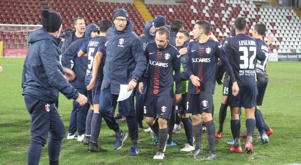 I giocatori della Samb al termine della partita vinta al Nereo Rocco di Trieste