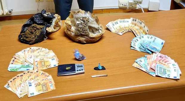 Civitanova, la Finanza incastra due spacciatori e sequestra marijuana, cocaina e migliaia di euro