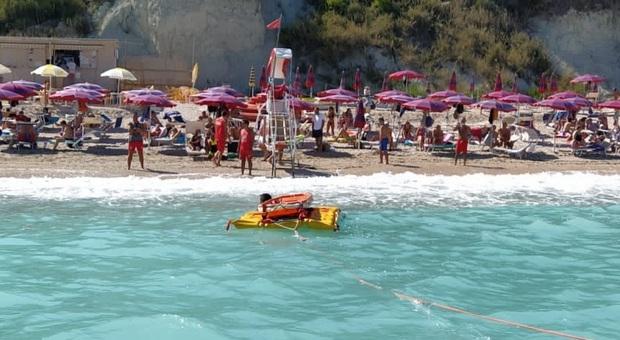 Il soccorso avvenuto nella spiaggia di San Michele