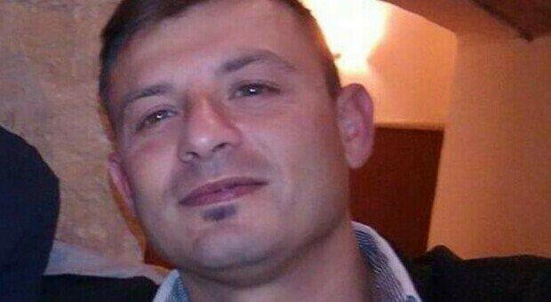 Militare 43enne muore poche ore dopo il vaccino Covid. Il pm: «Nessuna correlazione tra le due cose»