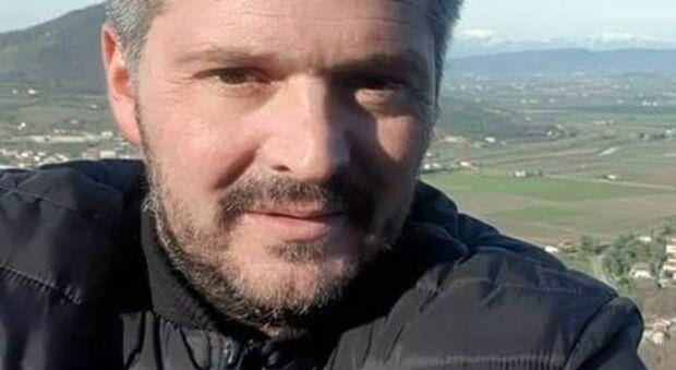 Imprenditore di 41 anni si uccide all'interno della sua azienda