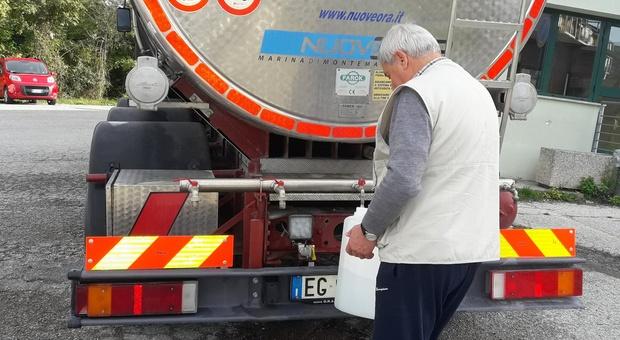 A Sirolo arrivano le autobotti per l'emergenza acqua
