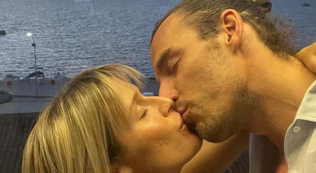 Bimbo in arrivo: Federico Marchetti e Lorena Cacciatore presto genitori
