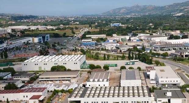Ascoli, Il Decreto Agosto sugli sgravi fiscali esclude il Piceno, rischio di fuga in Abruzzo delle aziende