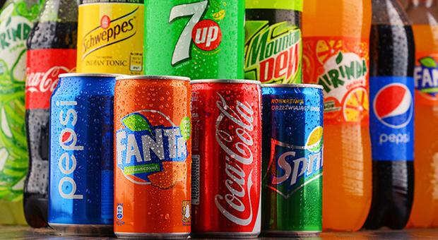Bere troppe bevande zuccherate aumenta il rischio di morte prematura