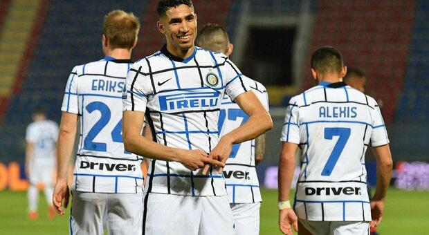 Inter, con l'addio di Hakimi si avvicina Emerson Palmieri. Ma attenzione alle richieste di Spalletti