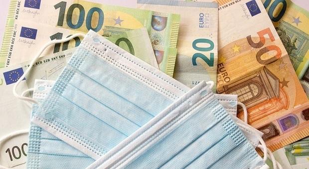 Coronavirus, 9 milioni di italiani pronti a dire addio a monete e banconote per paura del contagio