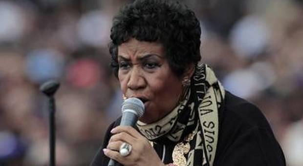 Aretha Franklin malata, ricoverata a Detroit La leggenda del soul sarebbe in fin di vita