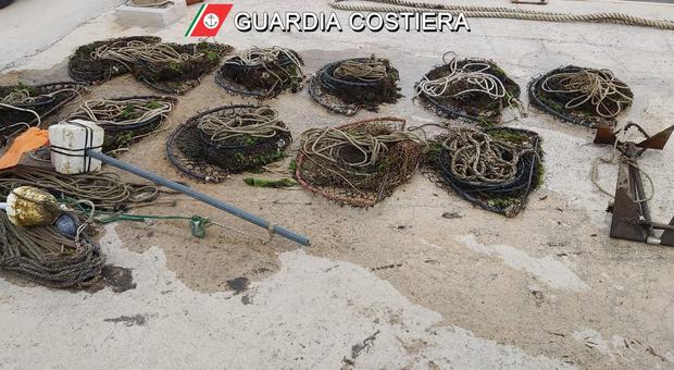 Pesca in zona vietata, proseguono i controlli: ancora sequestri e multe