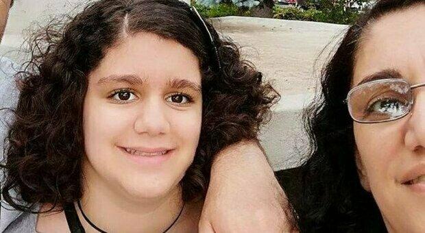 Messina, madre e figlia (14 anni) impiccate. La lettera d'addio: «Porto via con me Alessandra»