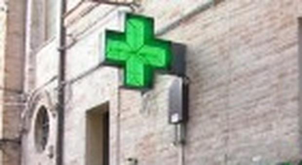 Colmurano, farmacie nel mirino dei delinquenti: doppio assalto, prodotti rubati e registratori di cassa svuotati