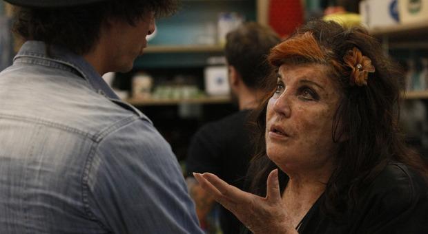 Grande Fratello Vip, Patrizia De Blanck a rischio squalifica: ha nascosto un oggetto proibito  in valigia (credits Endemol)
